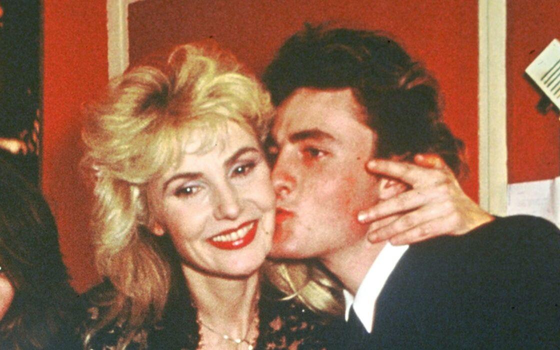 Michèle Torr et son fils Romain Vidal-Torr le 22 janvier 1987 à l'Olympia