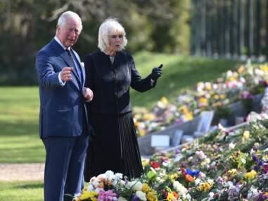 PHOTOS - Le prince Charles très ému : sortie remarquée après la mort de son père, le prince Philip