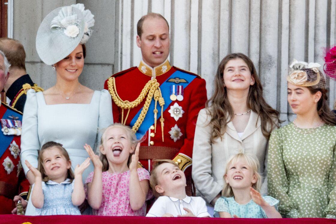 George, Charlotte, Isla et Savannah portaient déjà exactement la même tenue le 9 juin 2018 pour Trooping the Color.