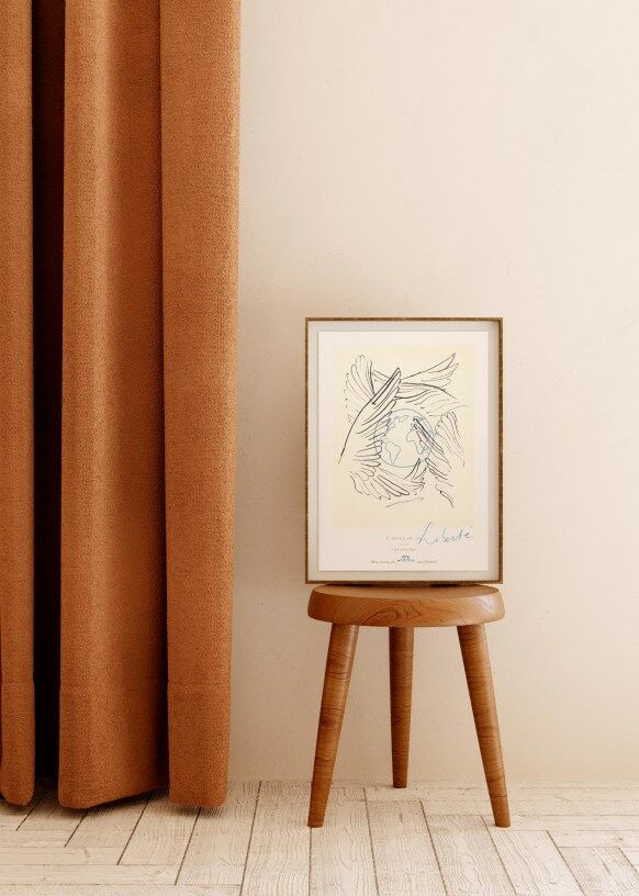 Pour Demain et la Galerie Solidaire de Sézane, l'artiste Hotêl Magique imagine une oeuvre d'art aux notes de liberté et de douceur, 40 €.