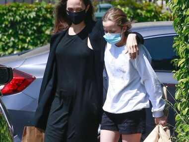 PHOTOS - Angelina Jolie et sa fille Vivienne soudées dans la tourmente : l'adolescente a bien grandi !