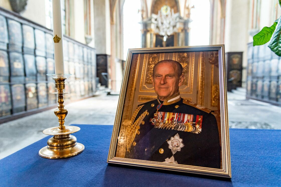 Portrait du prince Philip en la chapelle Saint-George de Windsor ce samedi 17 avril 2021