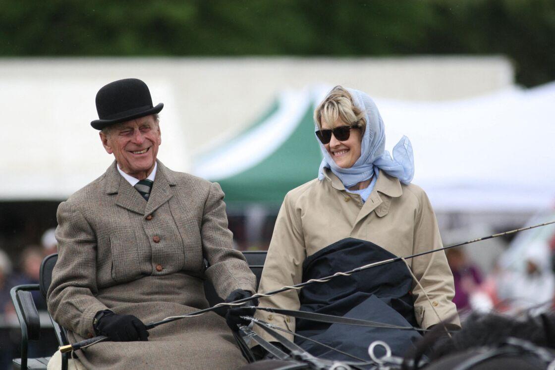 Un moment de complicité entre le prince Philip et Penny