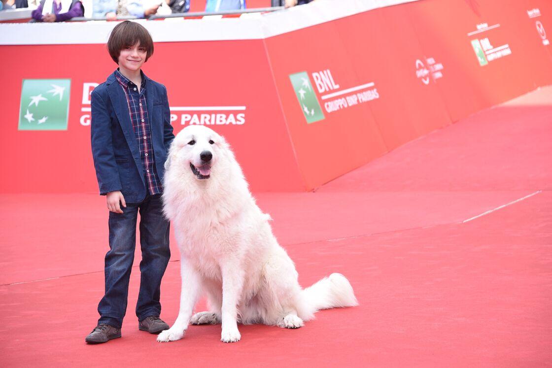 Félix Bossuet avec le chien de