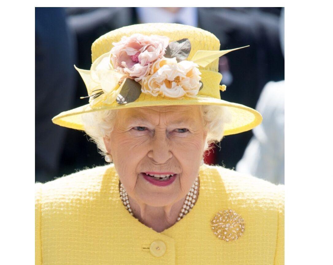 Les légendaires chapeaux de la reine Elisabeth II d'Angleterre