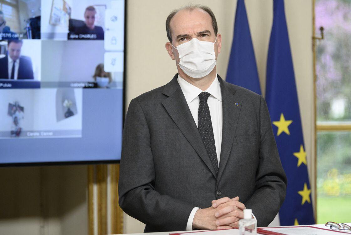 Jean Castex, Premier ministre, lors de la signature du contrat de relance et de transition écologique entre l'Etat et la métropole Nice Côte d'Azur à l'hôtel Matignon à Paris, France, le 15 avril 2021