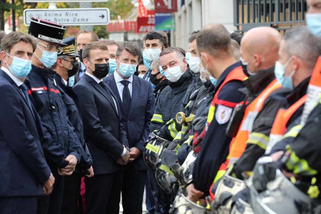 Emmanuel Macron au côté du maire de Nice, Christian Estrosi, à la basilique Notre-Dame de Nice, le 29 octobre 2020.