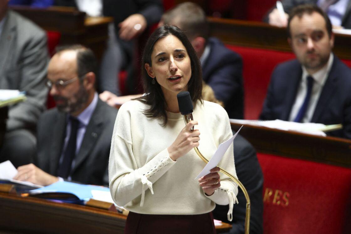 Brune Poirson, à l'époque où elle était encore secrétaire d'État auprès du ministre de la Transition écologique et solidaire, lors des Questions au gouvernement, à l'Assemblée Nationale, à Paris, le 3 décembre 2019.
