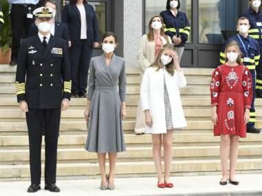 PHOTOS - Letizia d'Espagne : la grande complicité entre ses deux filles Sofia et Leonor
