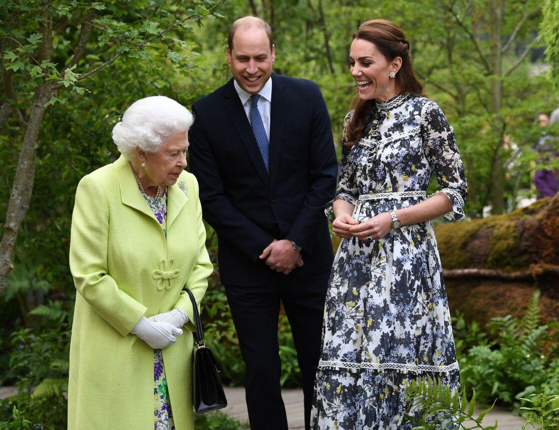 Grâce au couple formé par William et Kate Middleton, la reine sait que la monarchie est « entre de bonnes mains »