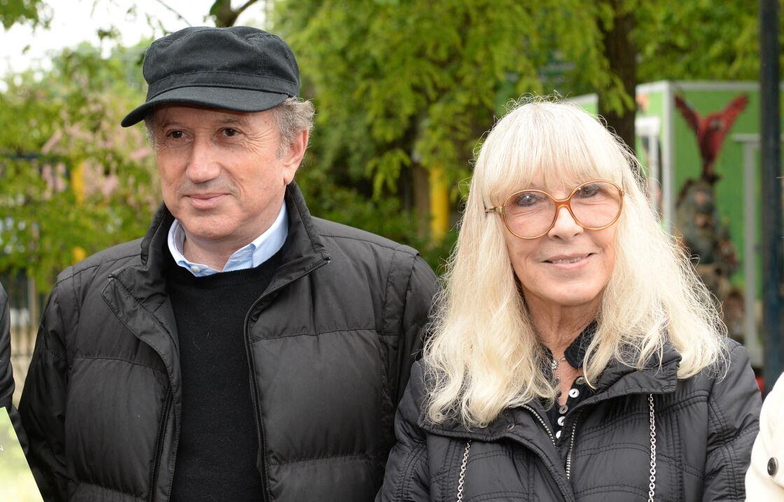 Michel Drucker et sa femme Dany Saval au refuge de l'Arche de Château-Gontier