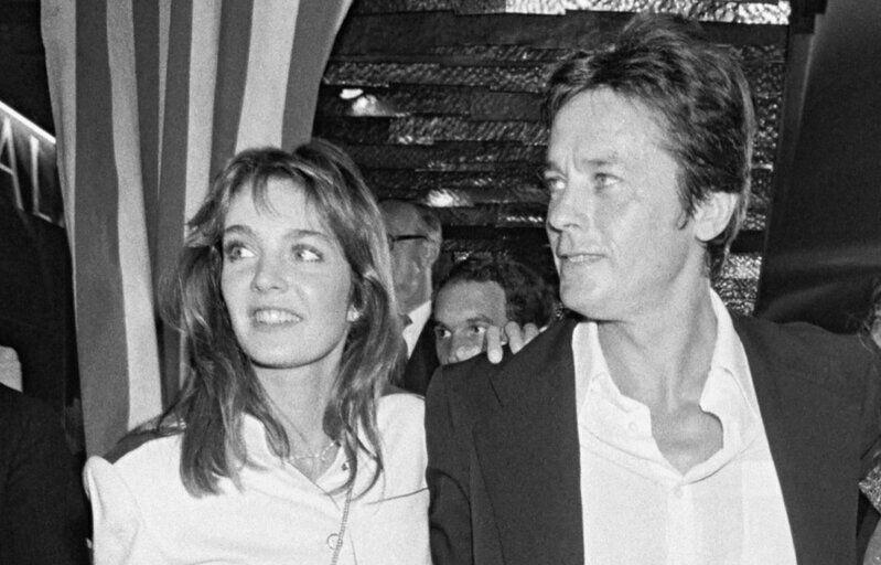 Anne Parillaud et Alain Delon en 1981