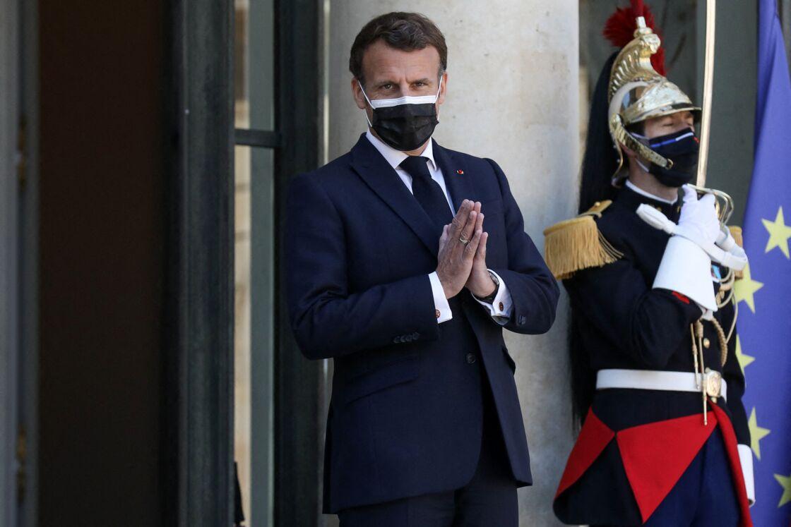 Le président de la République française, Emmanuel Macron reçoit son homologue le président de la République démocratique du Congo pour un déjeuner de travail au palais de l'Elysée à Paris, France, le 27 avril 2021.