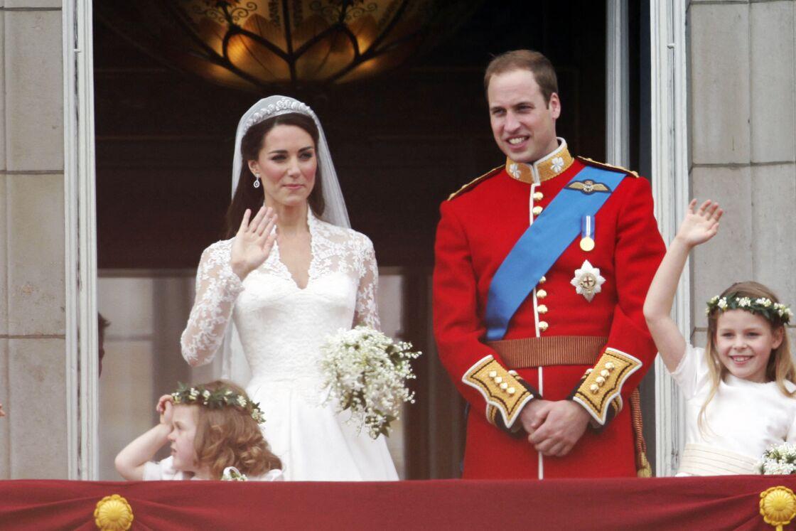 La tiare de Kate Middleton, dotée de 1000 diamants est signée Cartier et prêtée par Elizabeth II