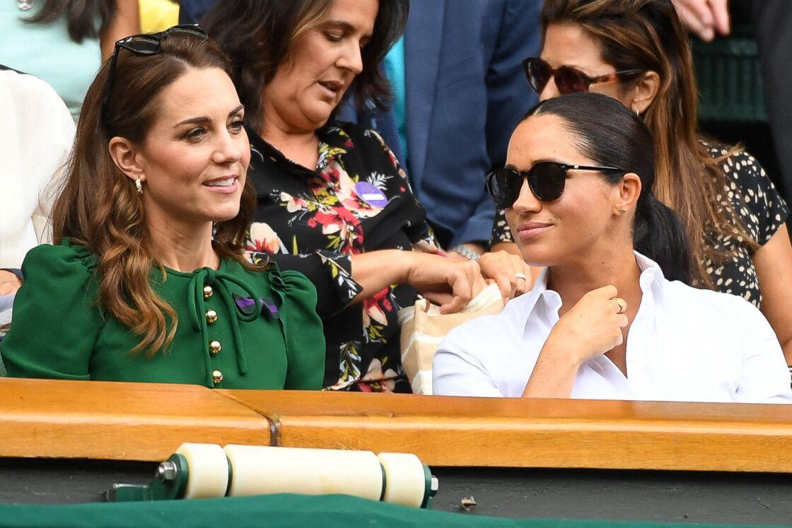 Kate Middleton et Meghan Markle lors du tournoi de Wimbledon, en juillet 2019.