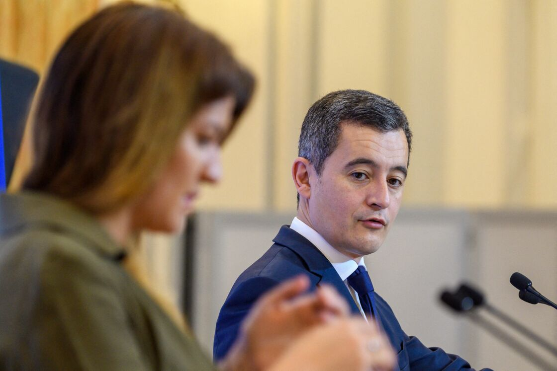 Marlène Schiappa et Gérald Darmanin à l'Hôtel de Beauvau à Paris le 16 décembre 2020.