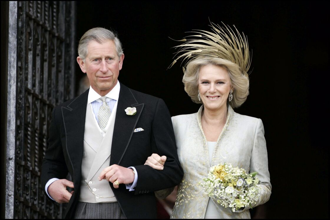 Le prince Charles et Camilla Parker-Bowles lors de leur mariage, en 2005.