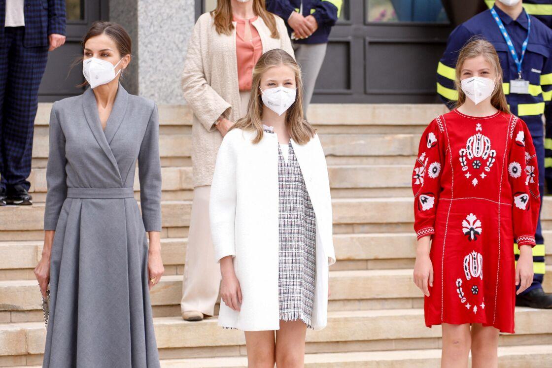 La reine Letizia d'Espagne, La princesse Leonor et L'infante Sofia d'Espagne - La famille royale d'Espagne assiste au lancement du sous-marin S-81 'Isaac Peral' à Carthagène, Espagne, le 22 avril 2021.