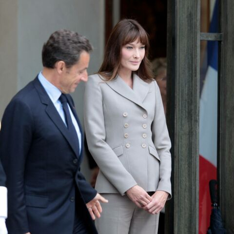 Carla Bruni: les secrets de sa garde-robe de Première dame