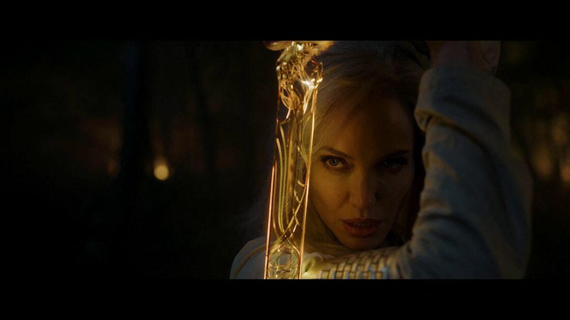 Angelina Jolie blonde dans son nouveau film, Eternals