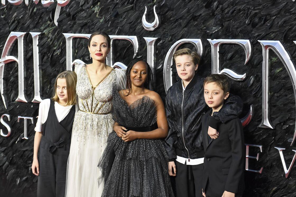 Vivienne Jolie-Pitt, Angelina Jolie, Zahara Jolie-Pitt, Shiloh Jolie-Pitt et Knox Leon Jolie-Pitt - Les célébrités assistent à la première de