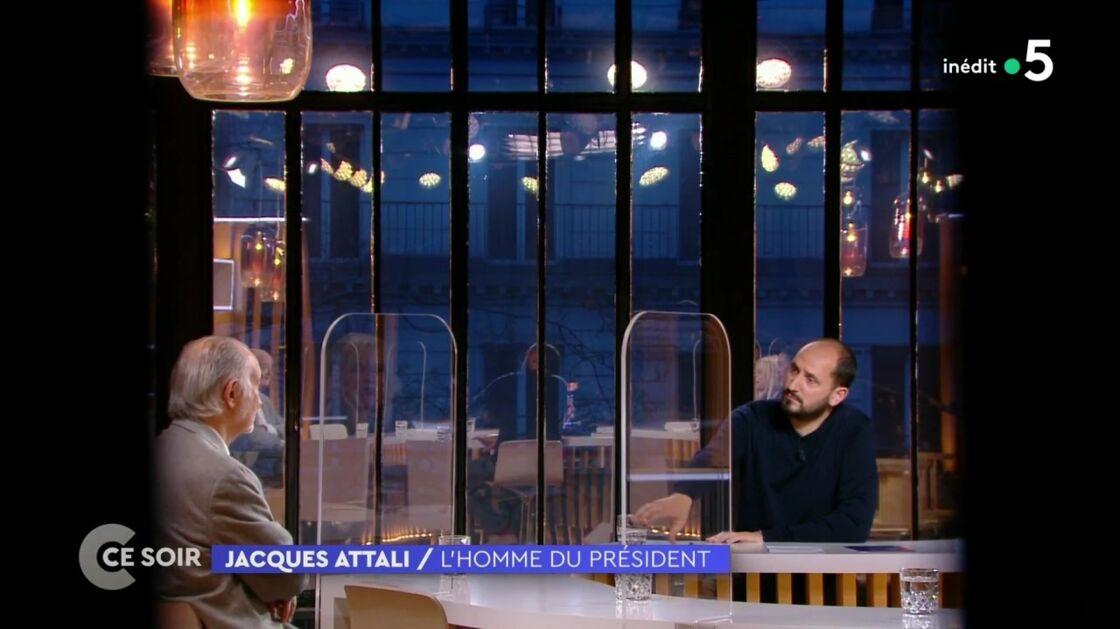 Jacques Attali invité de Karim Rissouli dans C ce soir, le 6 mai 2021, sur France 5