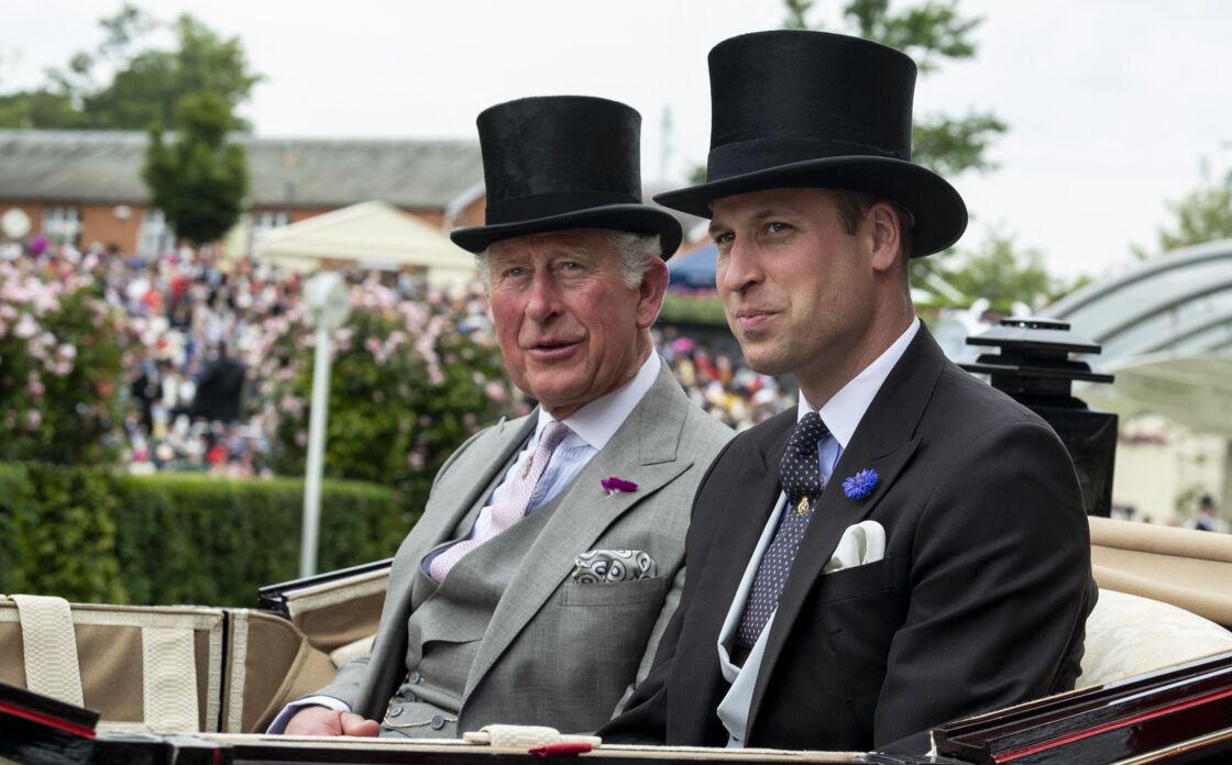 Le prince Charles et le prince William lors de la première journée des courses d'Ascot 2019, à Ascot, Royaume Uni, le 18 juin 2019