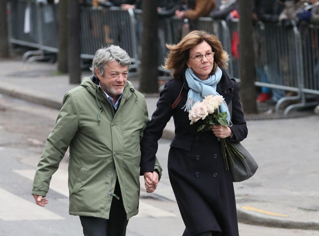 Jean-Louis Borloo et sa femme Béatrice Schönberg - Arrivées aux obsèques de France Gall au cimetière de Montmartre à Paris le 12 janvier 2018.