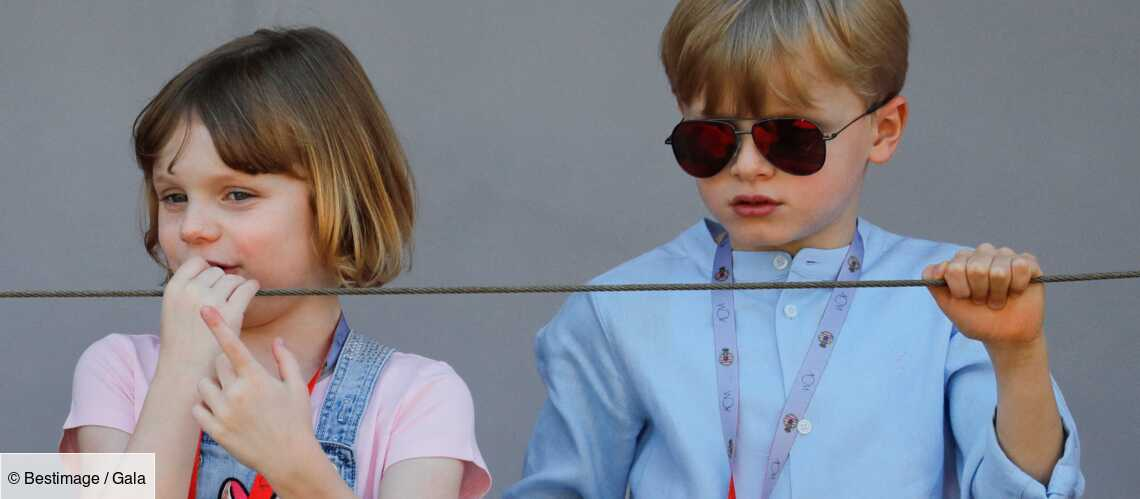 PHOTOS – Gabriella de Monaco craquante en robe en jean : où trouver sa tenue girly? - Gala