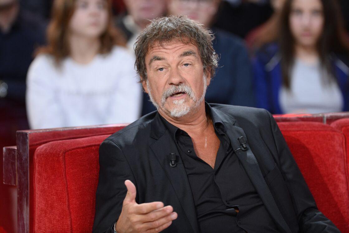 Olivier Marchal lors de l'enregistrement de Vivement Dimanche le 15 décembre 2015