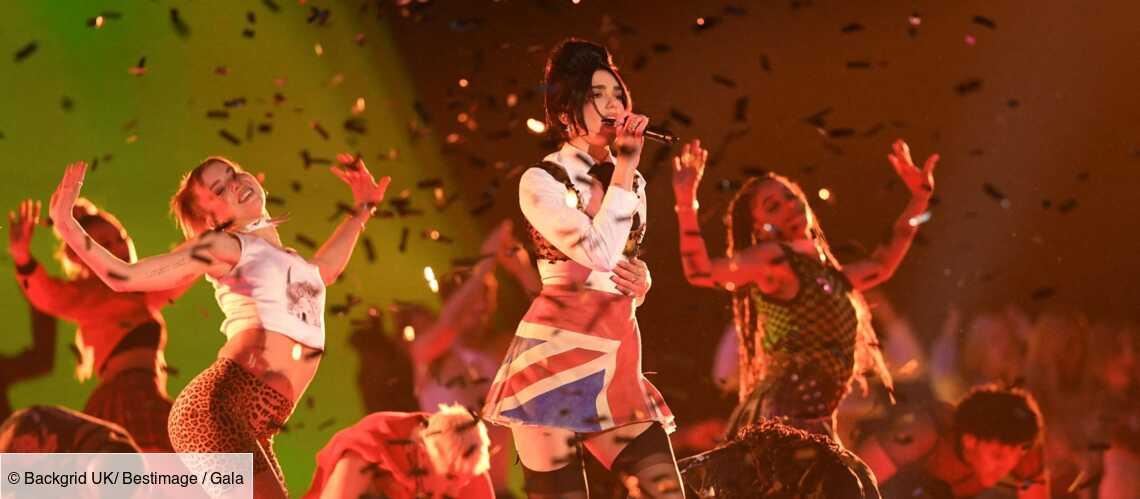 PHOTOS – Brit Awards 2021 : Dua Lipa, Harry Styles, Taylor Swift, les looks les plus extravagants du show - Gala