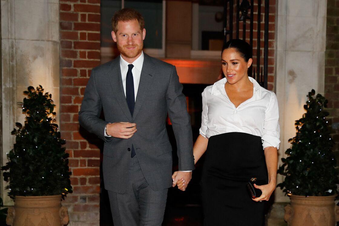 Le prince Harry, duc de Sussex, et Meghan Markle, enceinte, duchesse de Sussex, arrivent au Endeavour fund Awards au Drapers' Hall à Londres le 7 février 2019.