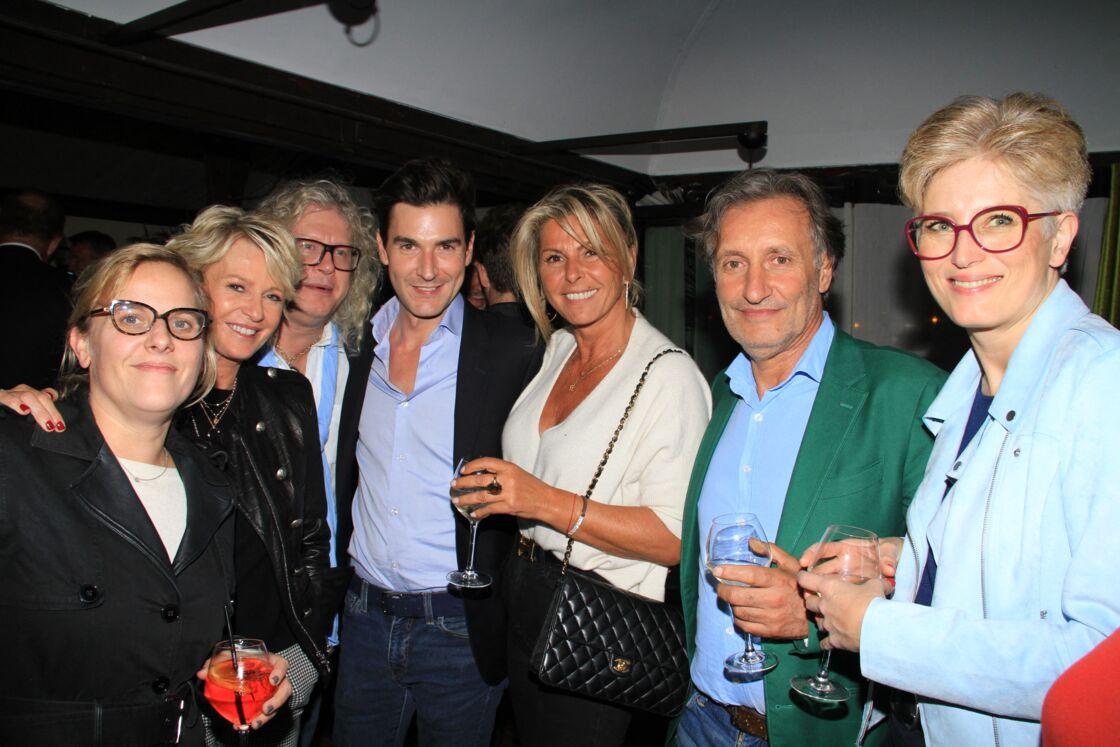 Enora Alix, Sophie Davant, Pierre-Jean Chalençon, Harold Hessel, Caroline Margeridon, Paul Azzopardi à Paris, le 26 septembre 2019.