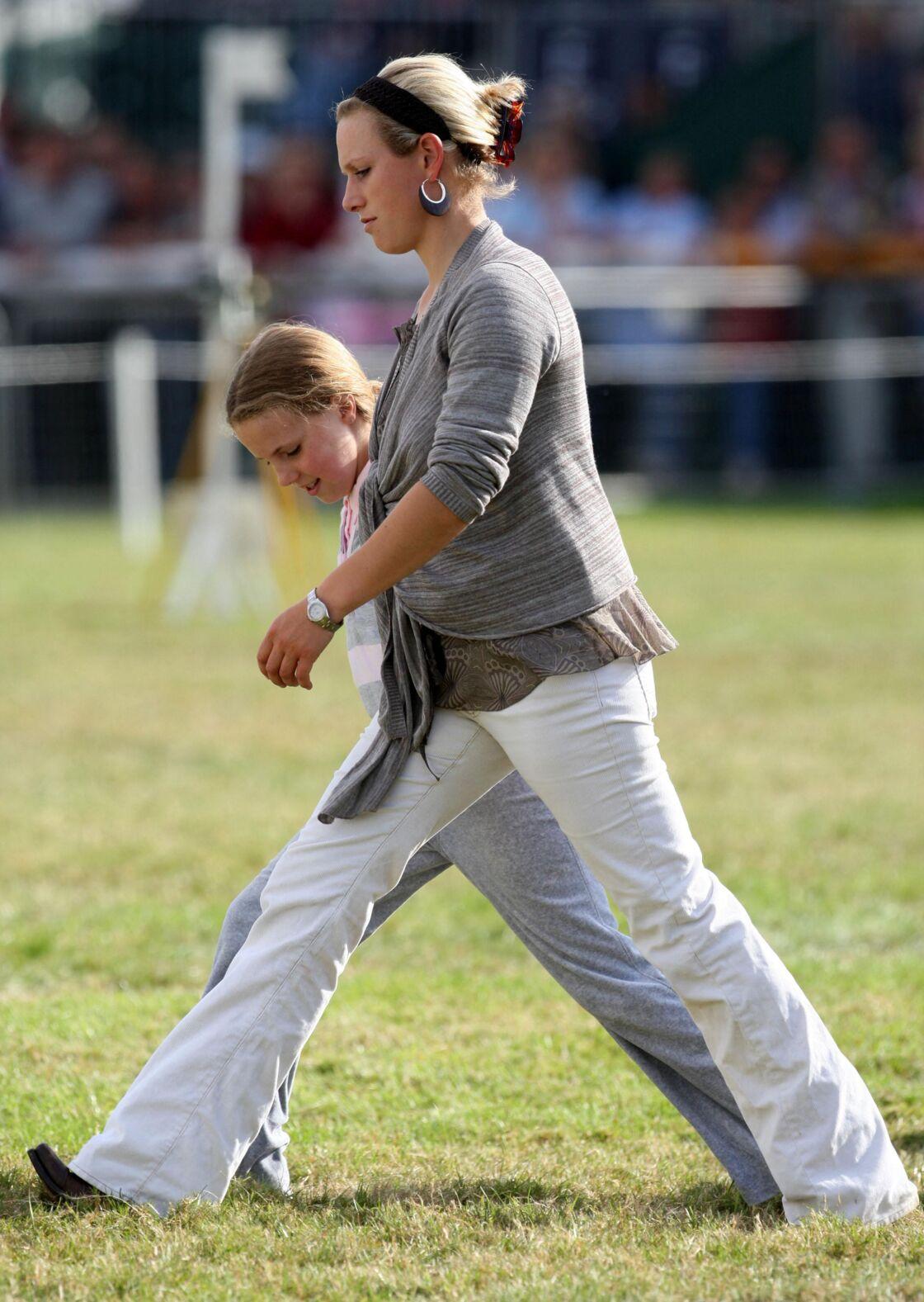 Zara Phillips et sa demi-soeur Stephanie Phillips, à Stamford en septembre 2007