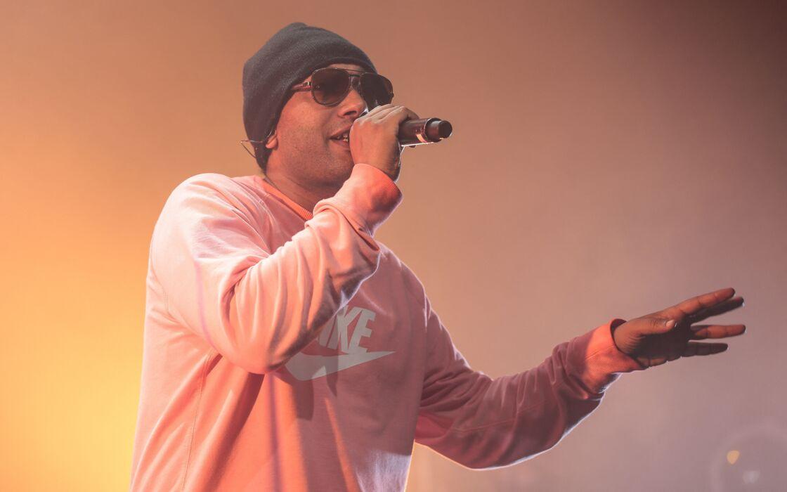 Le rappeur Doc Gynéco, en concert à l'Aeronef de Lille, le 10 mai 2016.