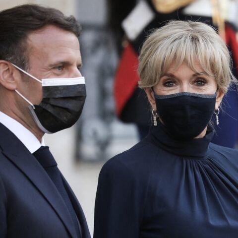 PHOTOS – Bijoux: Brigitte Macron chic avec des boucles d'oreilles esprit art déco