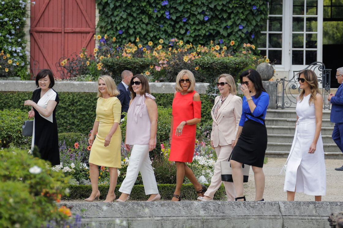 Akie Abe, Malgorzata Tusk, Jenny Morrison, Brigitte Macron, Cecilia Morel, Adele Malpass et Melania Trump en marge du sommet du G7 à Biarritz le 25 août 2019.