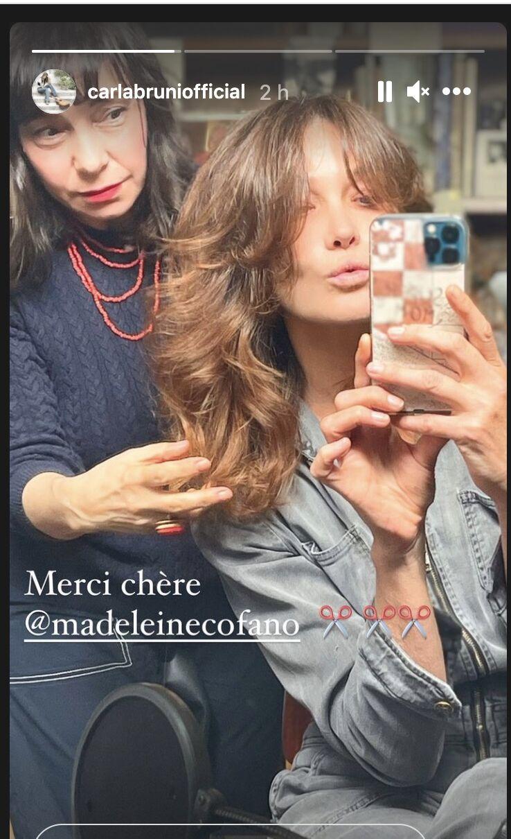 Carla Bruni immortalise sa nouvelle coupe de cheveux réalisée par Madeleine Cofano