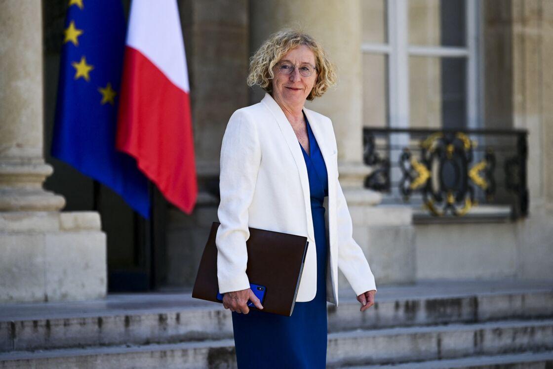Muriel Penicaud - Ministre du Travail - Sortie du Conseil des ministres au palais de l'Elysée, le 24 juin 2020.