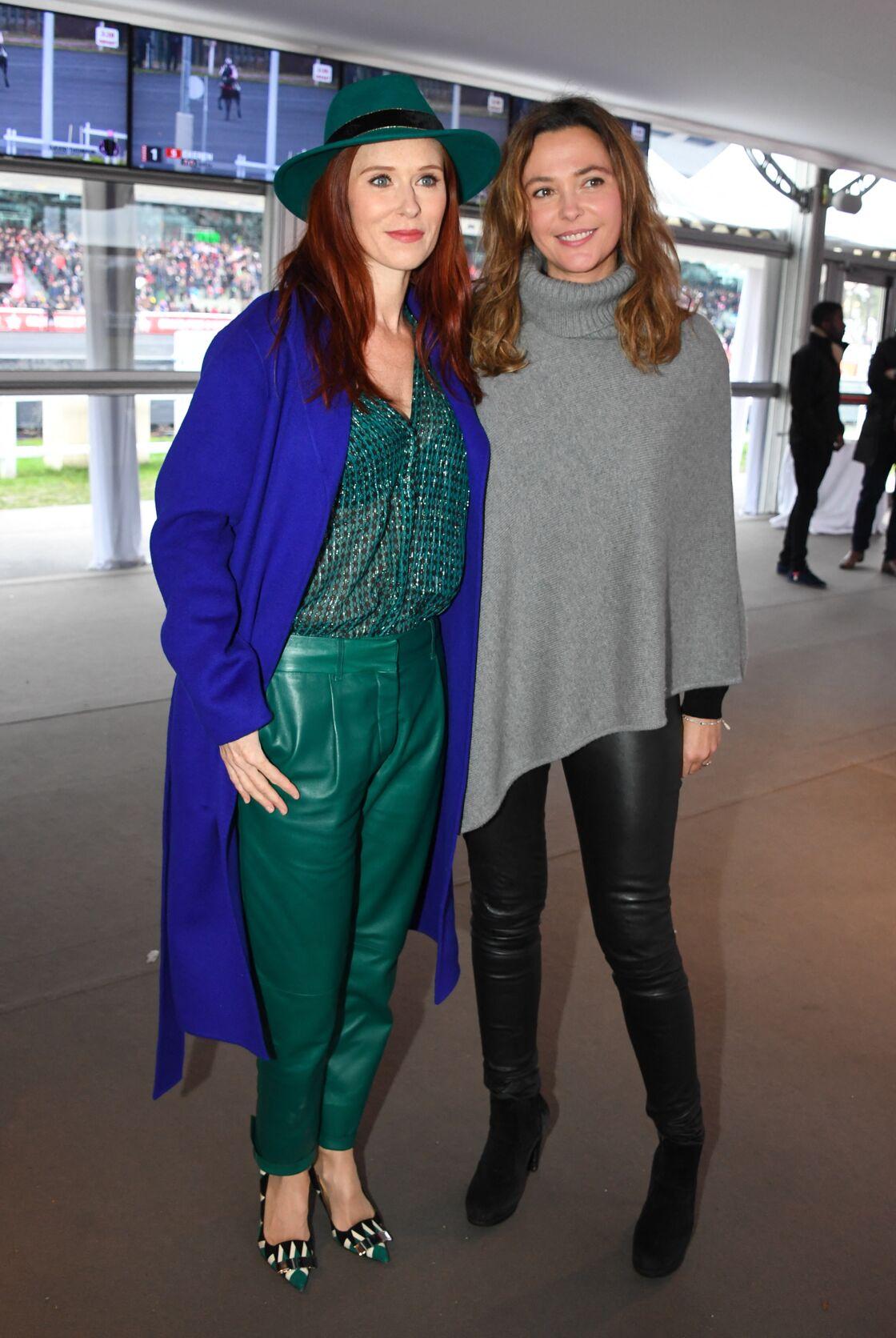 Audrey Fleurot adepte des couleurs vives, jongle entre le vert, le violet et le bordeaux