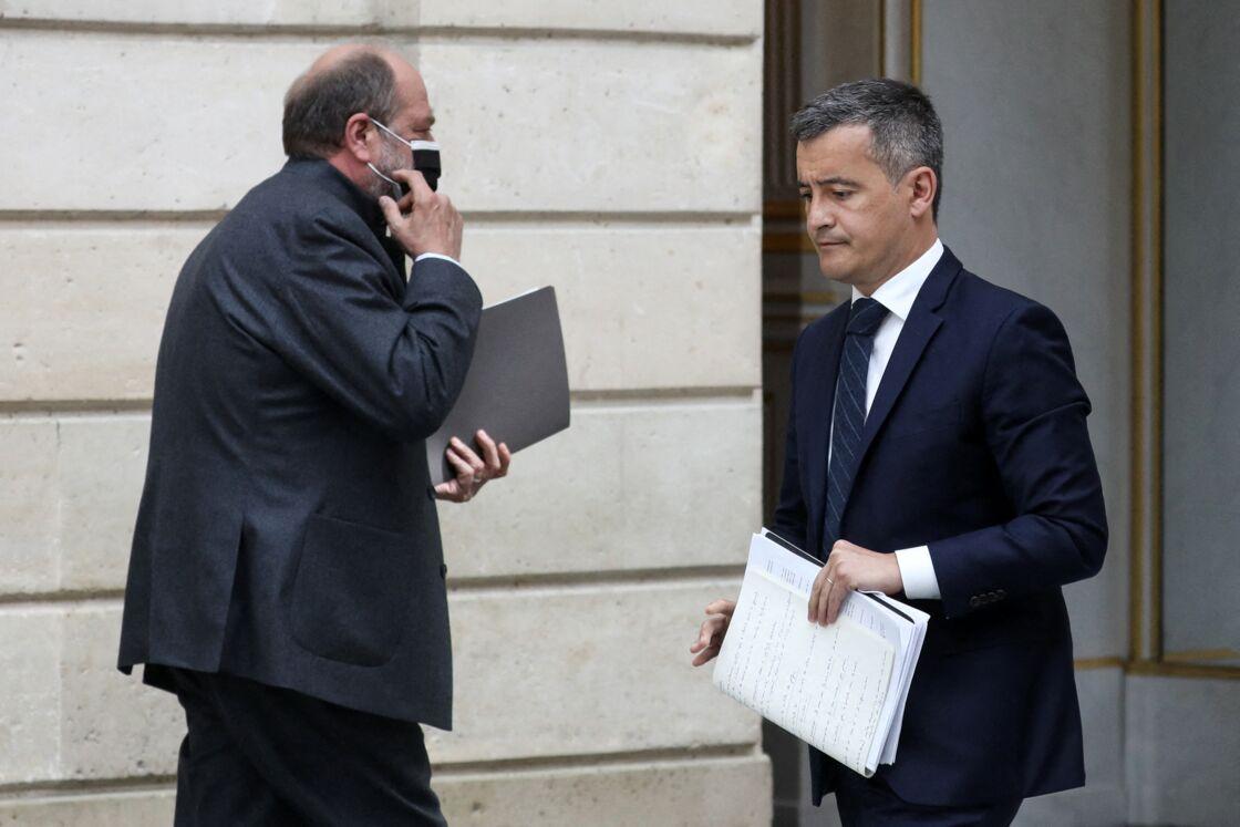 Gérald Darmanin et Eric Dupond-Moretti, donnent une conférence de presse après le conseil des ministres du 28 avril 2021, au palais de l'Elysée à Paris