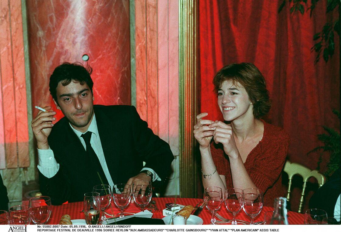 Yvan Attal et Charlotte Gainsbourg en 1996.