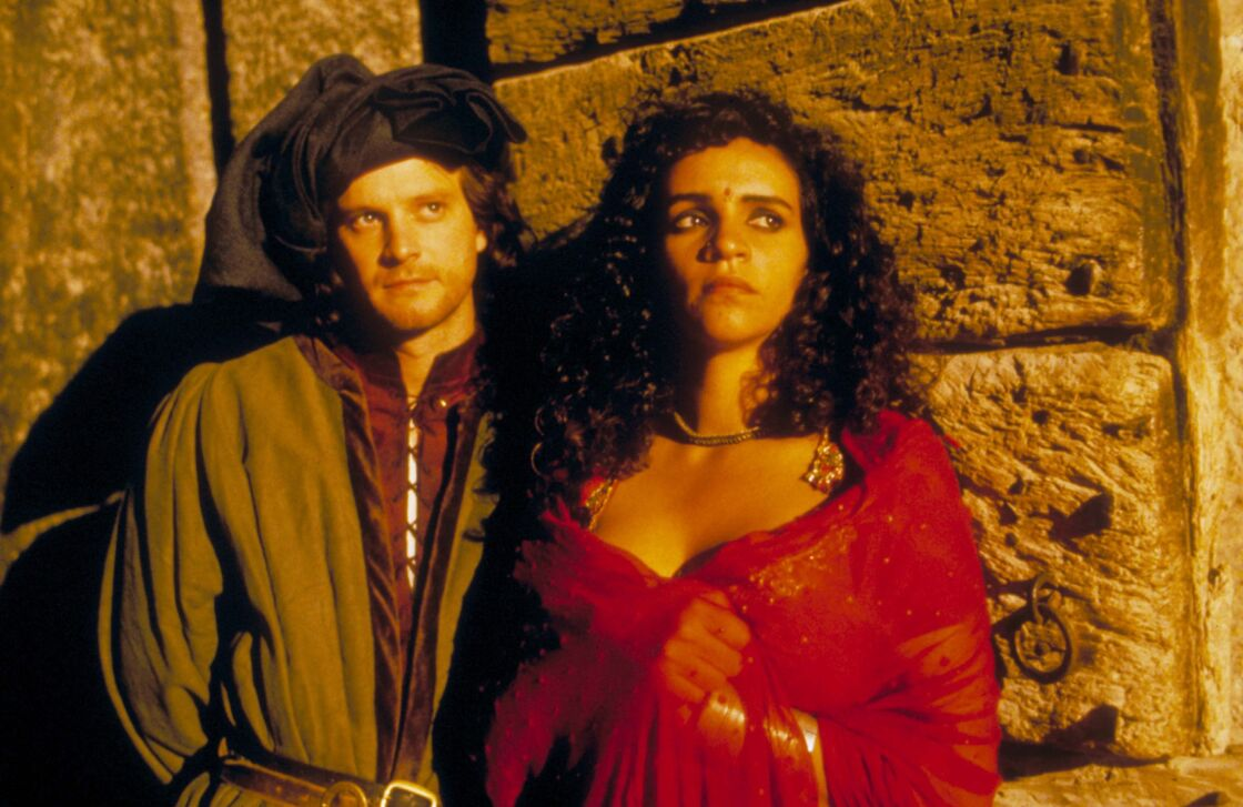 Amina Annabi et Colin Firth dans The Hour Of The Pig