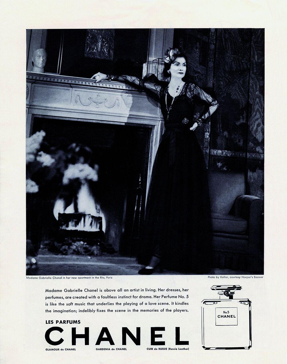 Gabrielle Chanel dans une campagne pour le N °5 par François Kollar.