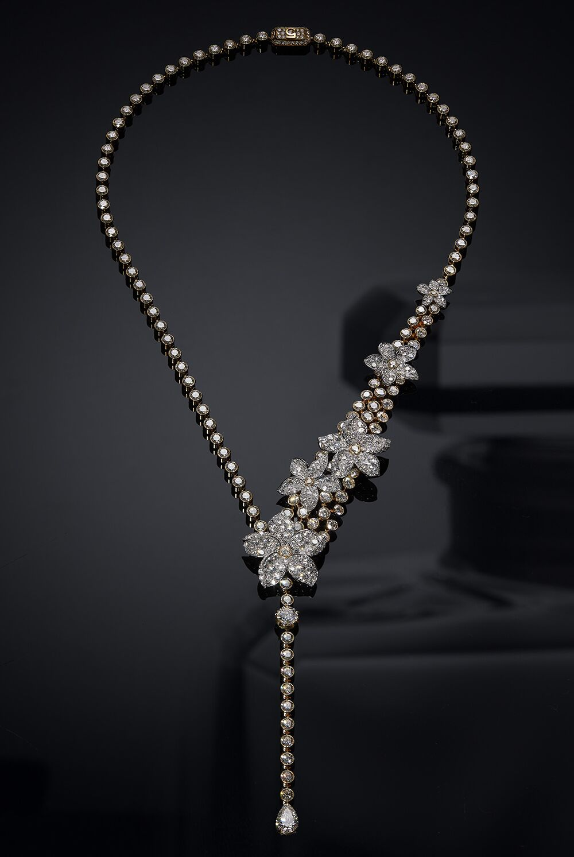 Collier Grasse Jasmine en or blanc, or jaune et diamants