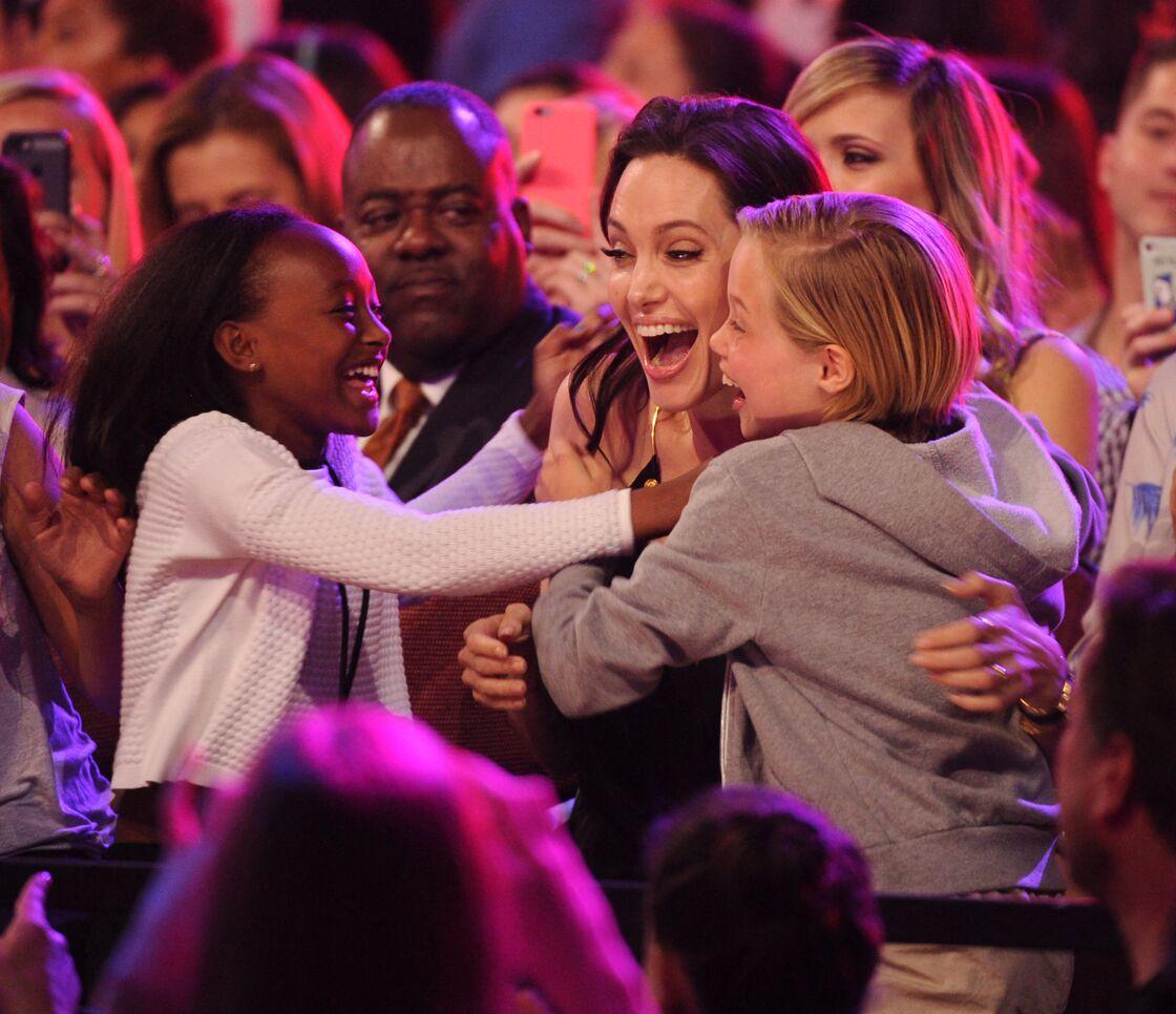 Angelina Jolie avec Zahara et Shiloh