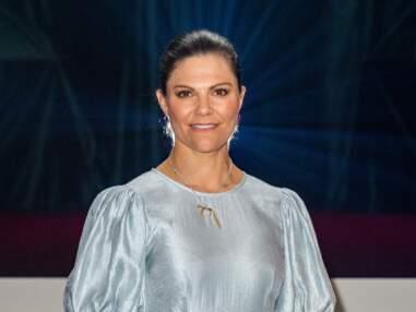 PHOTOS - Victoria de Suède en robe midi, rend hommage à Fifi Brindacier avec ses bijoux