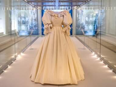 PHOTOS - La robe de mariée de Lady Diana exposée à Kensignton 40 après le mariage
