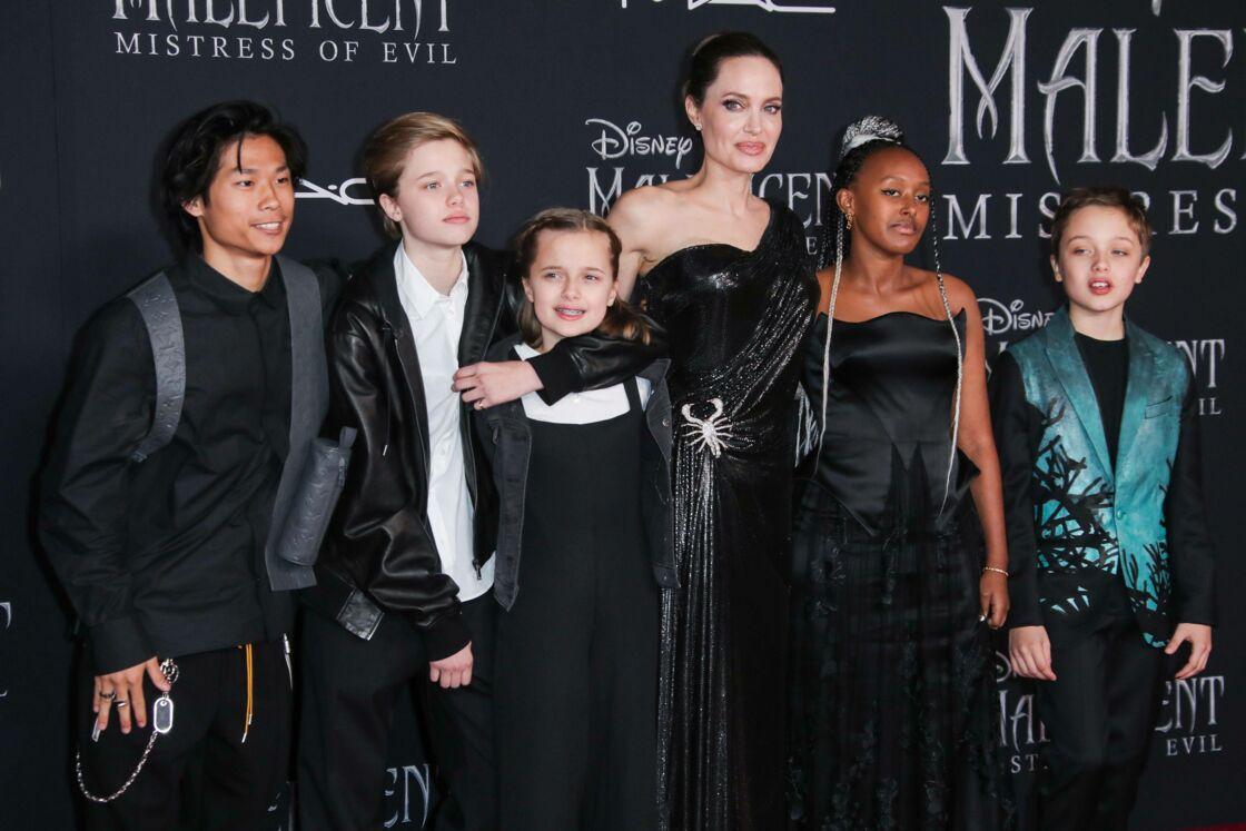 Angelina Jolie avec ses enfants
