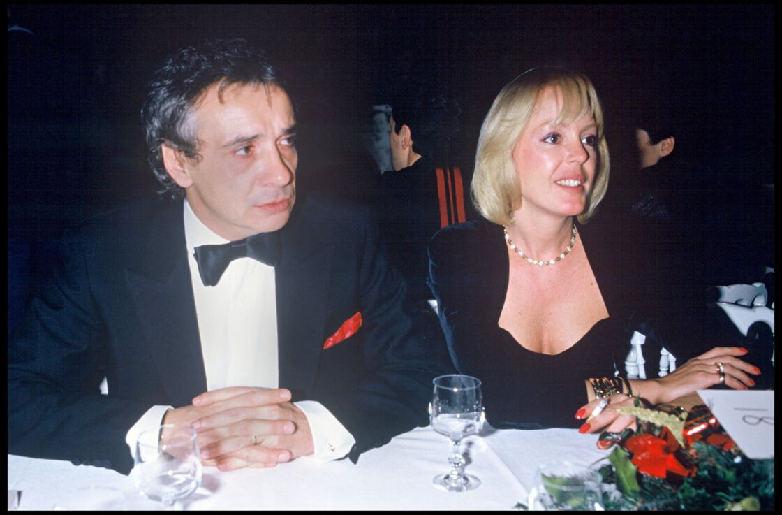 Michel Sardou avec son ex-femme Babette au Fouquet's en 1987